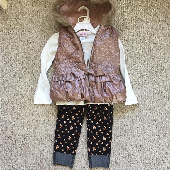 4716cb40df0a Little Lass Matching Sets   Girls 3 Piece Outfit Size 5   Poshmark